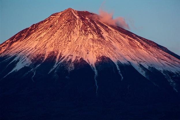 12月27日富士宮からの夕方富士山~ 紅い!
