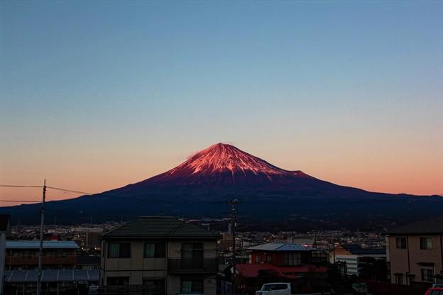 写真: 1月3日富士宮からの夕方富士山~ 今日も紅いです!