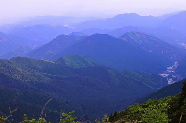 岡山県最高峰「後山」山頂 の眺望 ♪