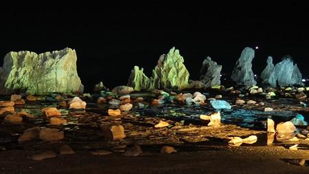 橋杭岩ライトアップ ワイド02-3