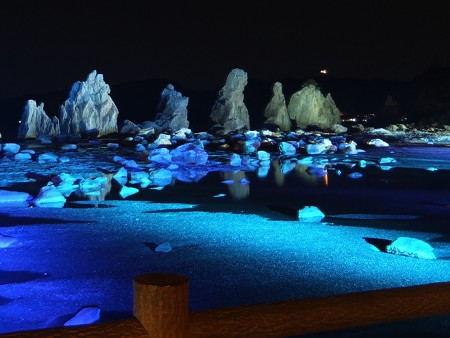 橋杭岩ライトアップ 近景05