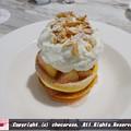 写真: 桃とリコッタチーズのパンケーキ