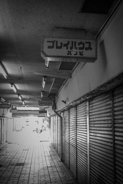 写真: 昭和な通路3@岩槻名店街