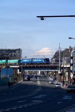 根岸線より富士山を臨む-1-