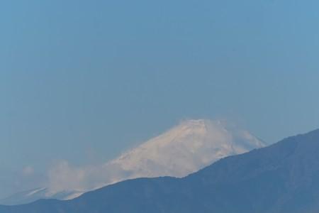 2014.12.13 駅前 富士山 雲を纏って