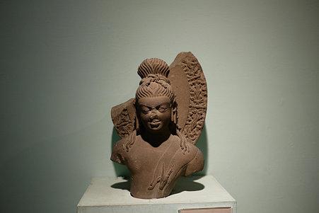 2010.02.05 デリー 国立近代美術館 仏像-26
