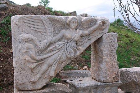 2011.01.23 トルコ 古代都市エフェス 勝利の女神ニケ