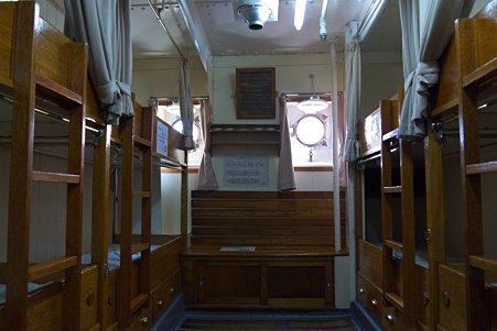 2011.04.05 みなとみらい 帆船日本丸 実習生室
