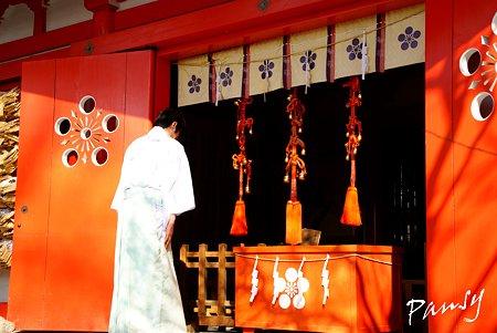 梅香る・・荏柄天神社 2