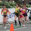 写真: 2011年の横浜国際女子マラソン