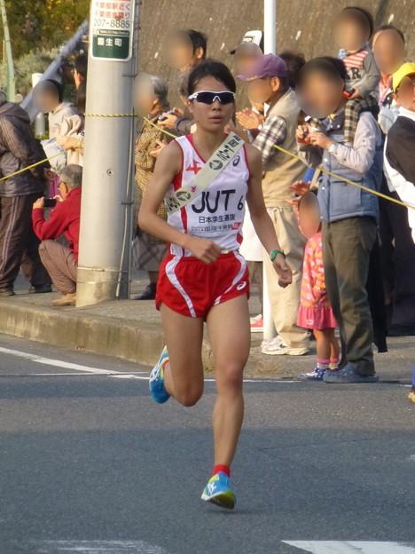 写真: 女子陸上 鍋島莉奈選手