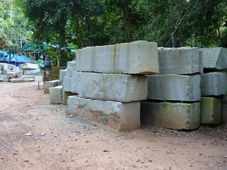 170822-070修復用石材