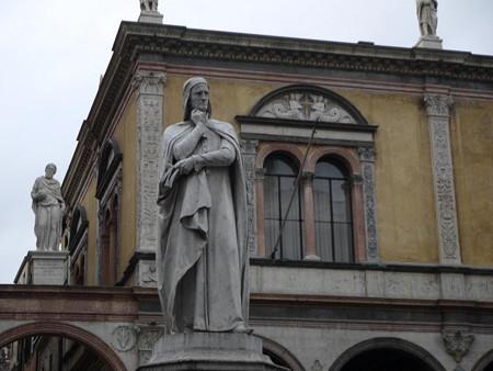 180109-24ダンテ像