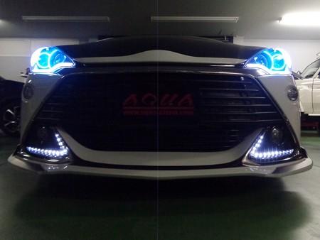 トヨタAQUA G's デイライト 2色LED加工 ホワイト