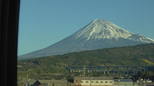 よく晴れていてきれいな富士に感激