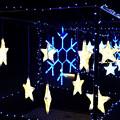 写真: ゆれる星と雪の結晶