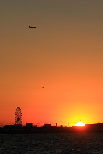落陽は観覧車より飛行機で