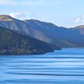 写真: 芦ノ湖の波紋
