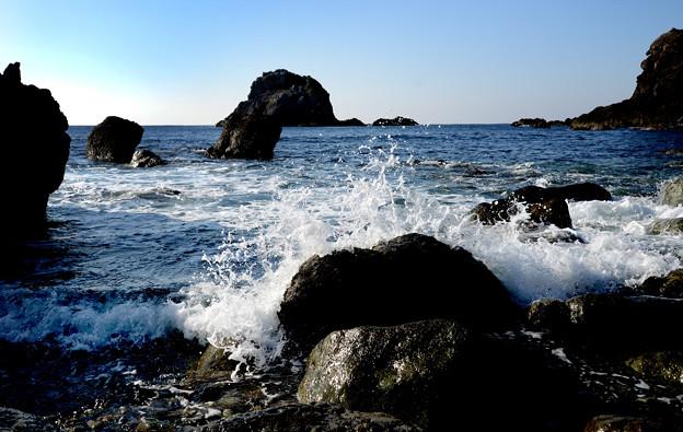 海金剛 雷公神社 前の浜-1