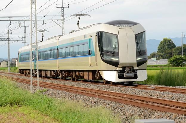 東武500系リバティ通過