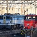 EF65 2127号機とHD300-14号機