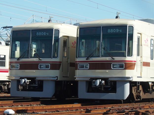 P1201944