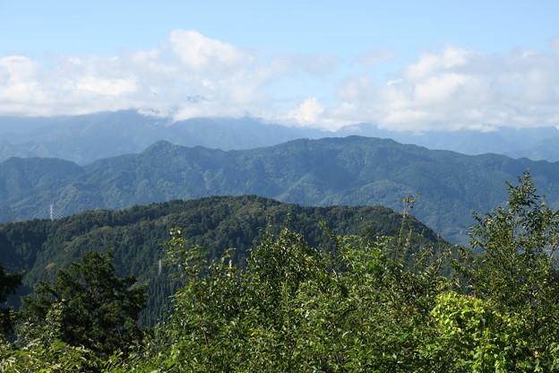 170929-90高尾山・山頂・展望台から(2/3)