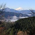 写真: 091206-12高尾山~陣馬山縦走・もみじ台付近からの富士山