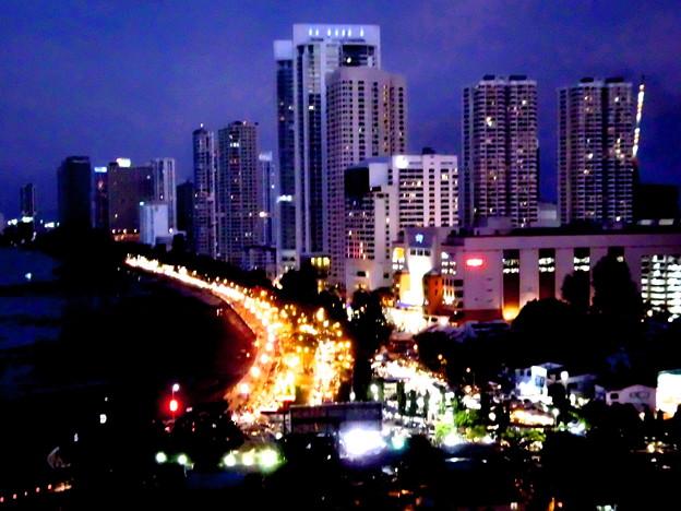 街角・ペナンのワイキキ・夜景。