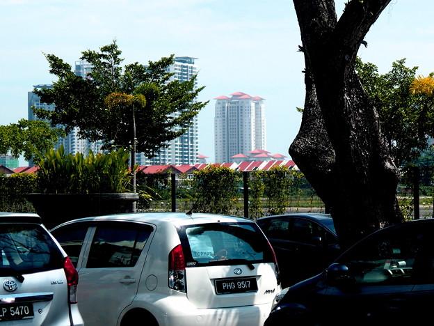 街角・新しい街が見えている。