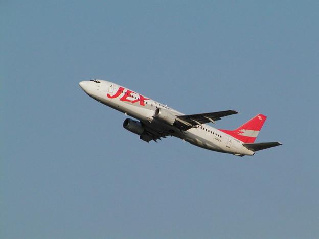 B737-400 JA8993 JEX[JC] CTS 2005.6.