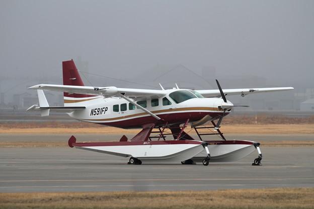 Cessna208 水上機仕様 N591FP ferry (1)