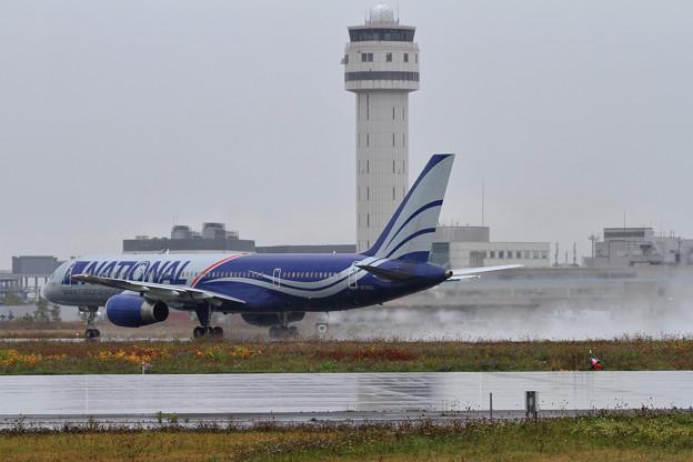 B757 NCR takeoff