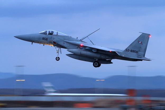 F-15 856 203sq landing