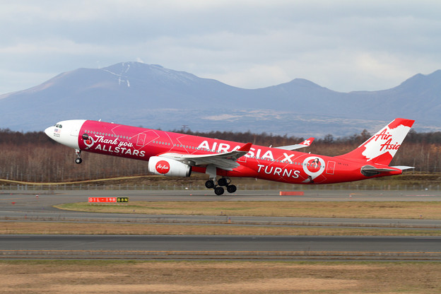 A330 AirAsiaX 9M-XXA takeoff