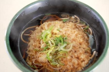 天ぷらそば370円