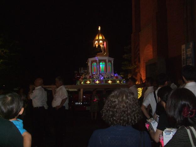 被ばくマリア像の輿