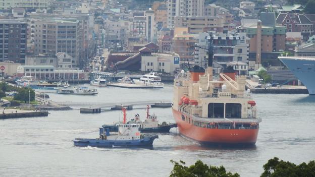 南極観測船しらせ出港 5