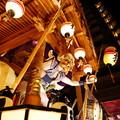 Photos: 夜に舞う