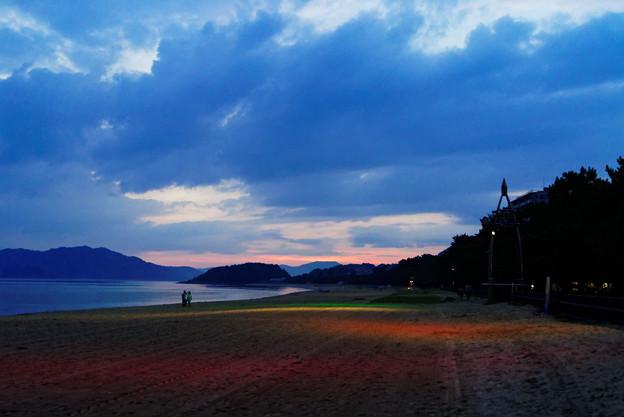 黄昏の虹ヶ浜