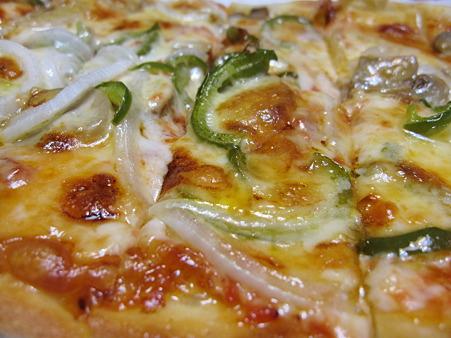 おかんのピザはウマい!