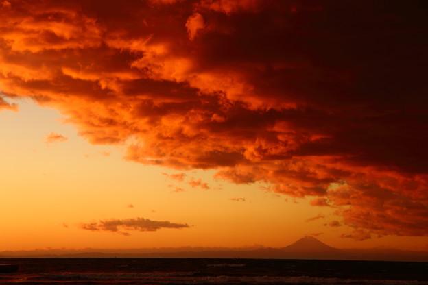 写真: 鏡ヶ浦の夕景