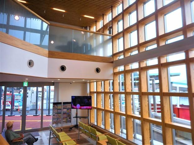 3月に新装オープンした@笠岡諸島旅客船ターミナル@みなとこばなし