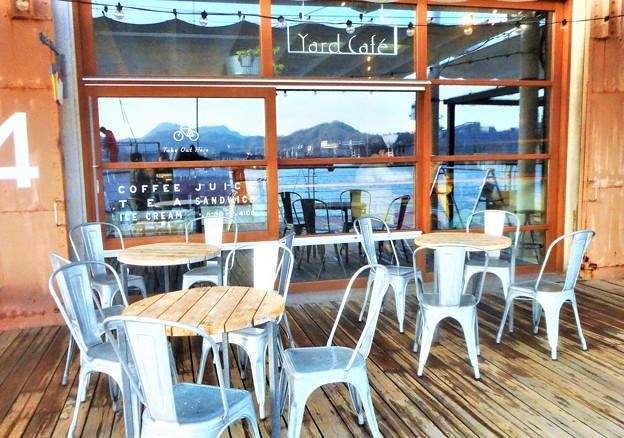 新春の海辺のカフェ@海岸通り@駅前散歩