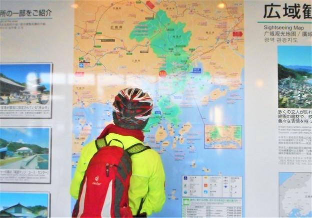 新春の駅前ターミナルビルにて@しまなみ海道自転車旅