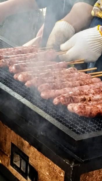 写真: 肉汁じゅ~ぅ…ぽたっ