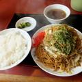 写真: 焼きソバ定食