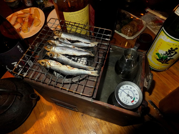 燗銅壺とメザシ
