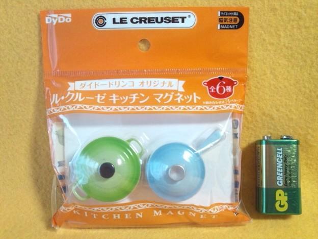 非売品 LE CREUSET の、ココット・ロンド と ソースパン キッチン マグネット 磁石