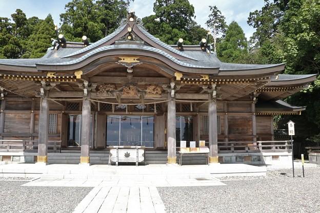 秋葉神社1986年( 昭和61年)に現在の山上の社殿が再建